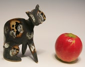 Sitting Cat   -  Clay Sculpture...   -----this cat is reserved of Jomarie, please do not buy it ------