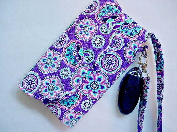 Vera Bradley style Wristlet/Wallet Carry-all in Purple print with Pink Lining