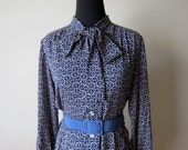 SALE...1970s Prussian Blue and Mauve TypoGraphic Print  Dress