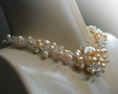 Pearls of Swan - crocheted wire necklace