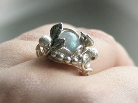 Dawn in Forest - silver plated wire wrapped ring with labradorite bead