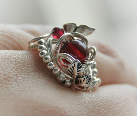 Bloody Forest - silver plated wire wrapped ring with cherry amber and garnet beads