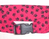 Dog Cooling Collar Stay Cool Tie Band Neck Cooler Bandana with Buckle Sz Large Red with Black Paws itsyourcountry
