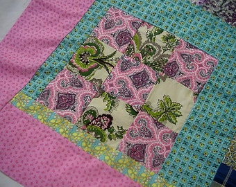 "Feedsack Quilt Top, Vintage Patchwork Scrap 9 Patch Baby Quilt Top, Table Topper, Pink Jadeite Green 39"" x 28"" 1950s itsyourcountry"