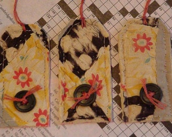 Prim Quilted Tags, Patchwork Feedsack Vintage Cutter Quilt Autumn Gift Wrap Tags, Everyday All Occasion Package Labels itsyourcountry