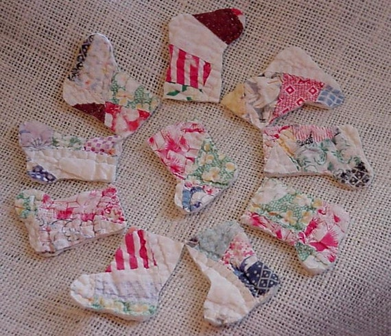 Christmas Stocking Appliques Shabby Quilted Vintage Feedsack Cutter Quilt Patches Crafting Upcycled Double Wedding Ring Quilt iysyourcountry