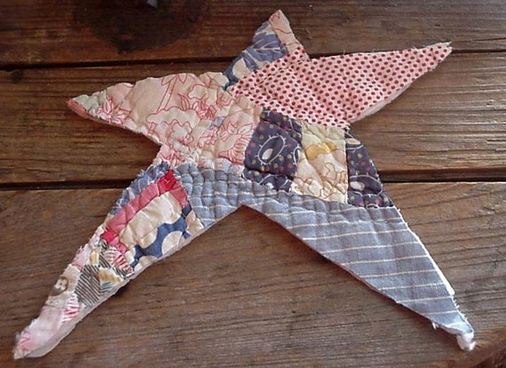 Feedsack Star Applique Large Vintage Quilted Primitive Embellishment Upcycled Cutter Quilt Americana Patriotic Star itsyourcountry