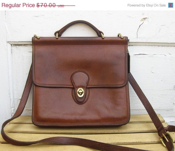 sale vintage coach station bag large cognac by vwoknavintage. Black Bedroom Furniture Sets. Home Design Ideas