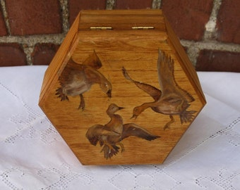Vintage small hexagonal wood box decorative box decorative wood Bird