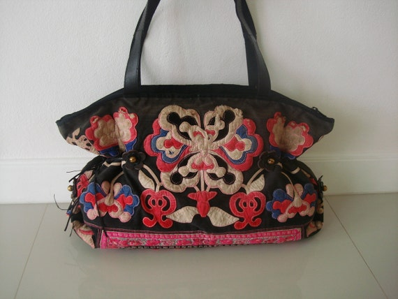 SALE 30% Tote / Ethnic / Hip / Tribal / Hmong / Miao HB- 236