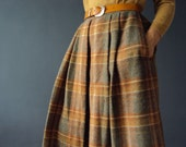 Vintage 70s Winter Sage and Mustard Tweed Plaid Box Pleat and Gathered Wool Skirt