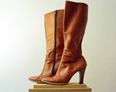 Vintage 70s Honey Tan Boho Boots Leather Round Toe High Stack Heel