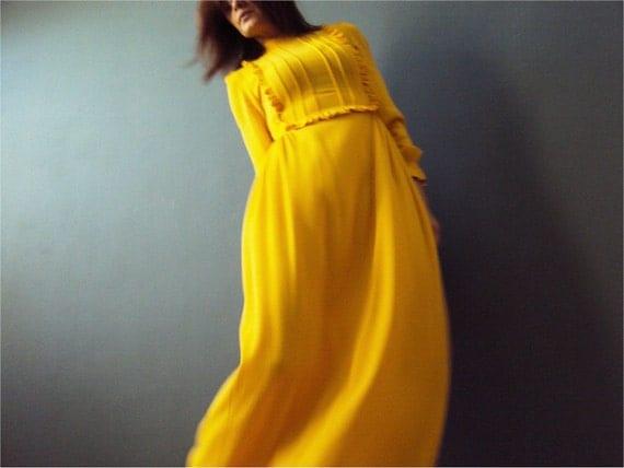 Vintage 70s Canary Yellow Dolly Maxi Dress, Boho Ruffle Victorian Bib Bodice Long Sleeve Small Tall