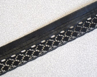 """6 Yards Lace Trim Scalloped Black 1 1/4"""" Wide."""