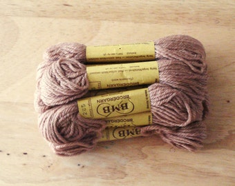 BMB Norwegian Tapestry Wool 6 Skeins Light Brown Color 285.