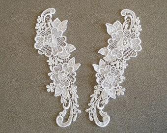 Venice Lace Embroidery Appliqués Pair In White Color.