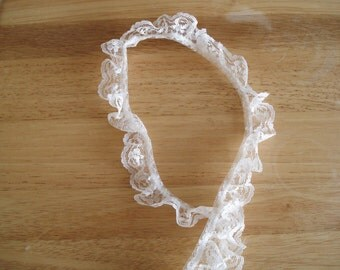 """Gathered Ruffled Lace Trim In Off White 1 1/4"""" Wide."""