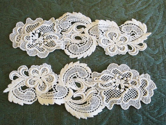 Venice Lace Appliqués 2 Pieces Of The Same Side In Ivory Color.
