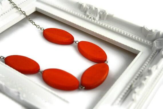 Orange Wood necklace - Tangerine Orange Necklace - Chunky Wood Necklace - Orange Statement Necklace - Minimalist Jewelry - Colorful Necklace