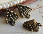 20pcs Antique Brass Charms Pendants Findings Cheesecake Vintage style B14 16x13mm