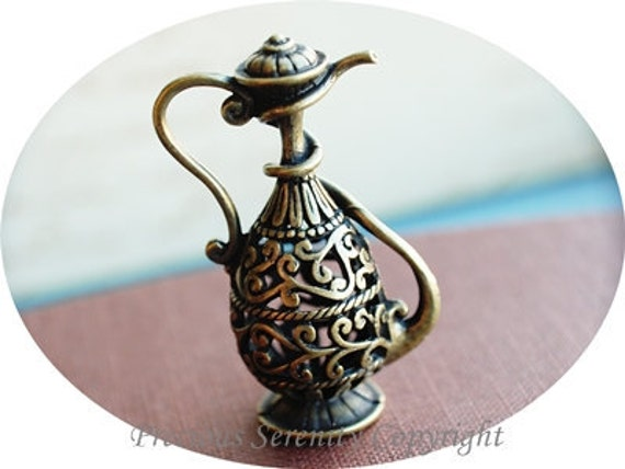2pcs Antique Brass Filigree Findings Pendants Charms Arabic Teapot Size 32x48mm B287