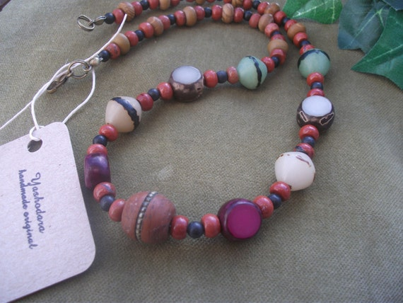 Bodhi seed necklace- Buddhist Global relief