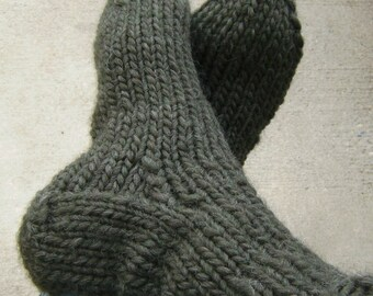Men's Military Socks (Choose Your Size - Made to Order) Chunky Hand Knit Army Green Pure New Wool Combat Hiking Biking Skiing Sports
