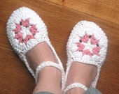 Womens House Slippers Crochet Pattern for INSTANT DOWNLOAD - Permission to Sell Finished Items
