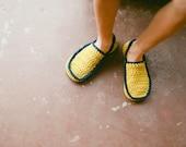 Crochet Pattern House Slipper Pattern for Men and Women in 5 sizes No. 5