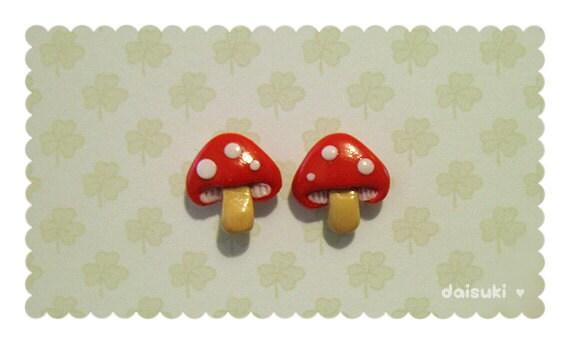 Kawaii Mushroom - handmade stud earrings - Polymer Clay