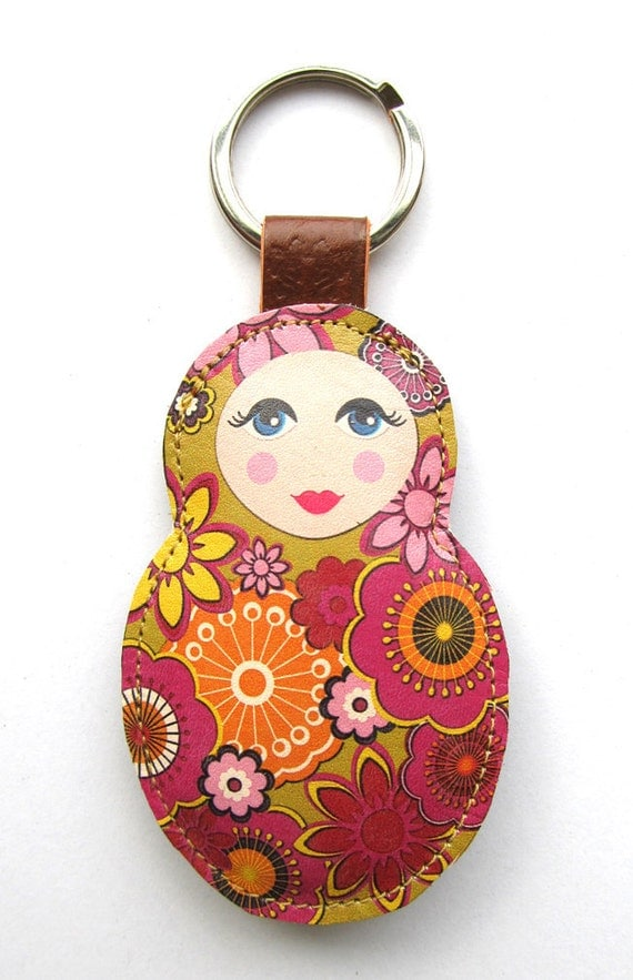 Leather keychain / bag charm - Babushka
