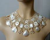 Reserved Pearl broad collar, Margherita
