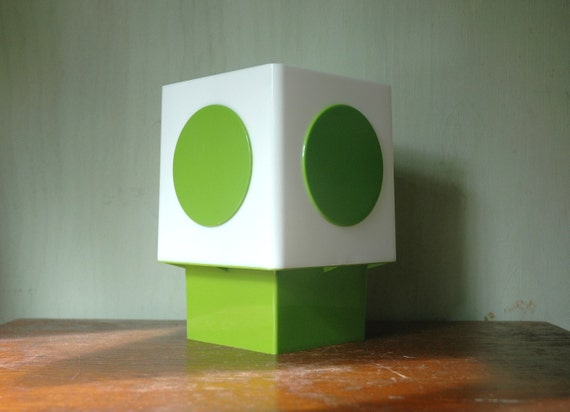 Space Age Green Plastic Desk Lamp - Kartell Era Mod Plastic Cube Lamp