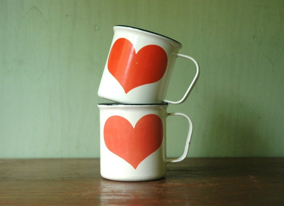 Finel Kaj Franck Heart Enamel Cups - Danish Modern Heart Pattern Enamelware Set By Arabia of Finland