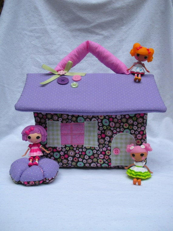 Reserved for Jeanne -Cute as a button house for mini Lalaloopsy dolls
