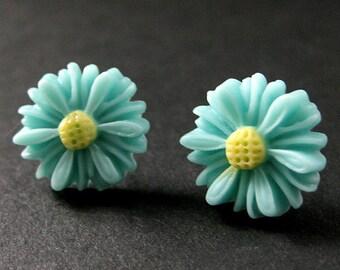 Turquoise Sunflower Earrings. Turquoise Flower Earrings in Silver. Stud Earrings. Handmade Jewelry.