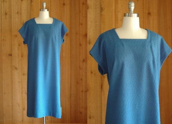 vintage 1960s sky blue shift dress / large xl