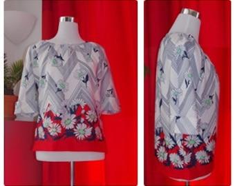 60s Flower Print Top, Vintage Scoop Neck Top with Cropped Sleeves