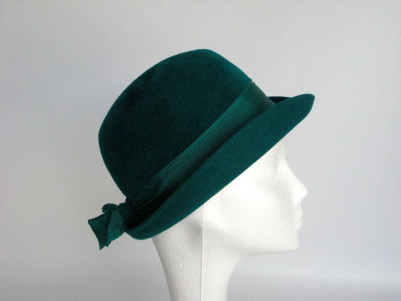 Emerald Green Vintage Hat