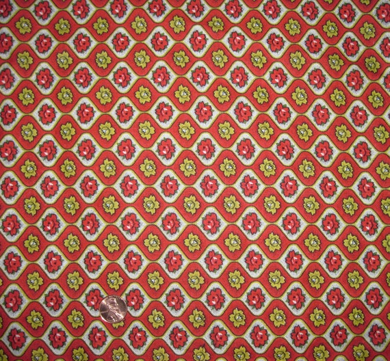 Vintage 1950's Curtain Fabric - Red and Gold Roses on Red and White - Free Domestic Shipping