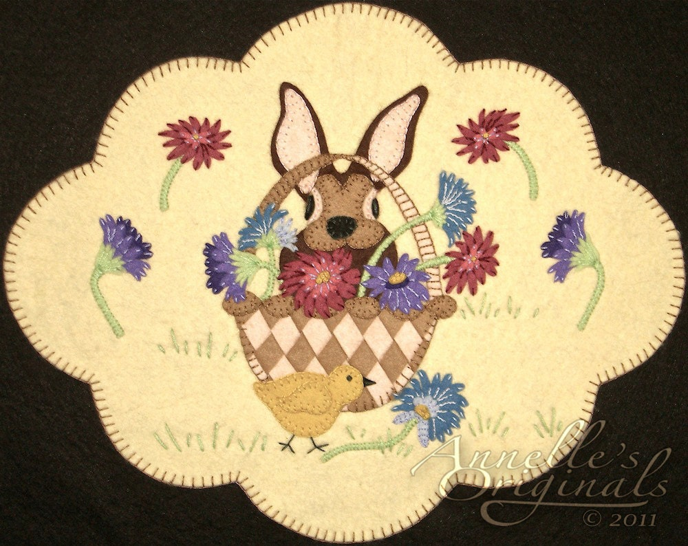 Mixed Blessings Penny Rug Table Topper Pattern With Wool Kit