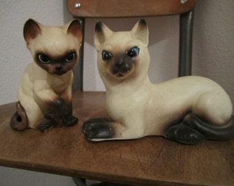 Mama and kitten siamese cat figurine