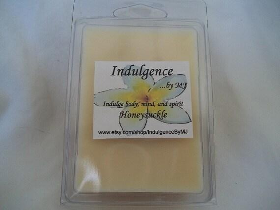 Honeysuckle clamshell wax melts
