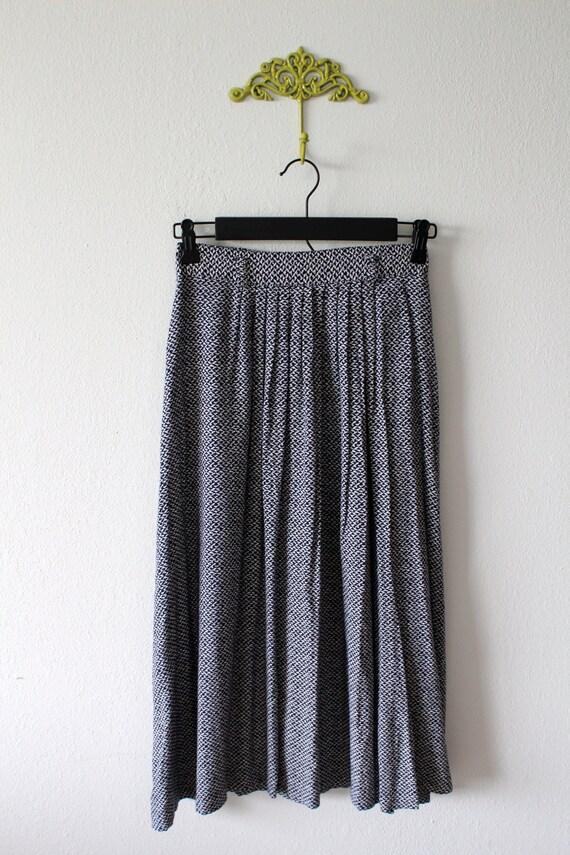 Navy Spec Skirt