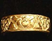 SS-0511 Gold Plated Buffy The Vampire Slayer CLADDAGH RING Pick Your Ring Size We Have Sizes 3 to 14