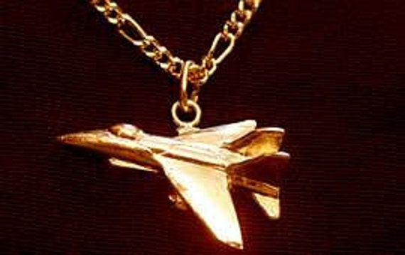 0161GP Jet Pendant Flying Plane Charm Jewerly 24kt gold plated over Real sterling silver .925