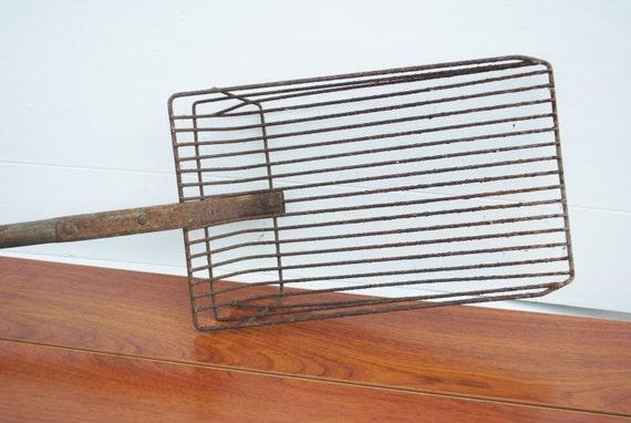 Vintage Clam Digger Wire Scoop Basket