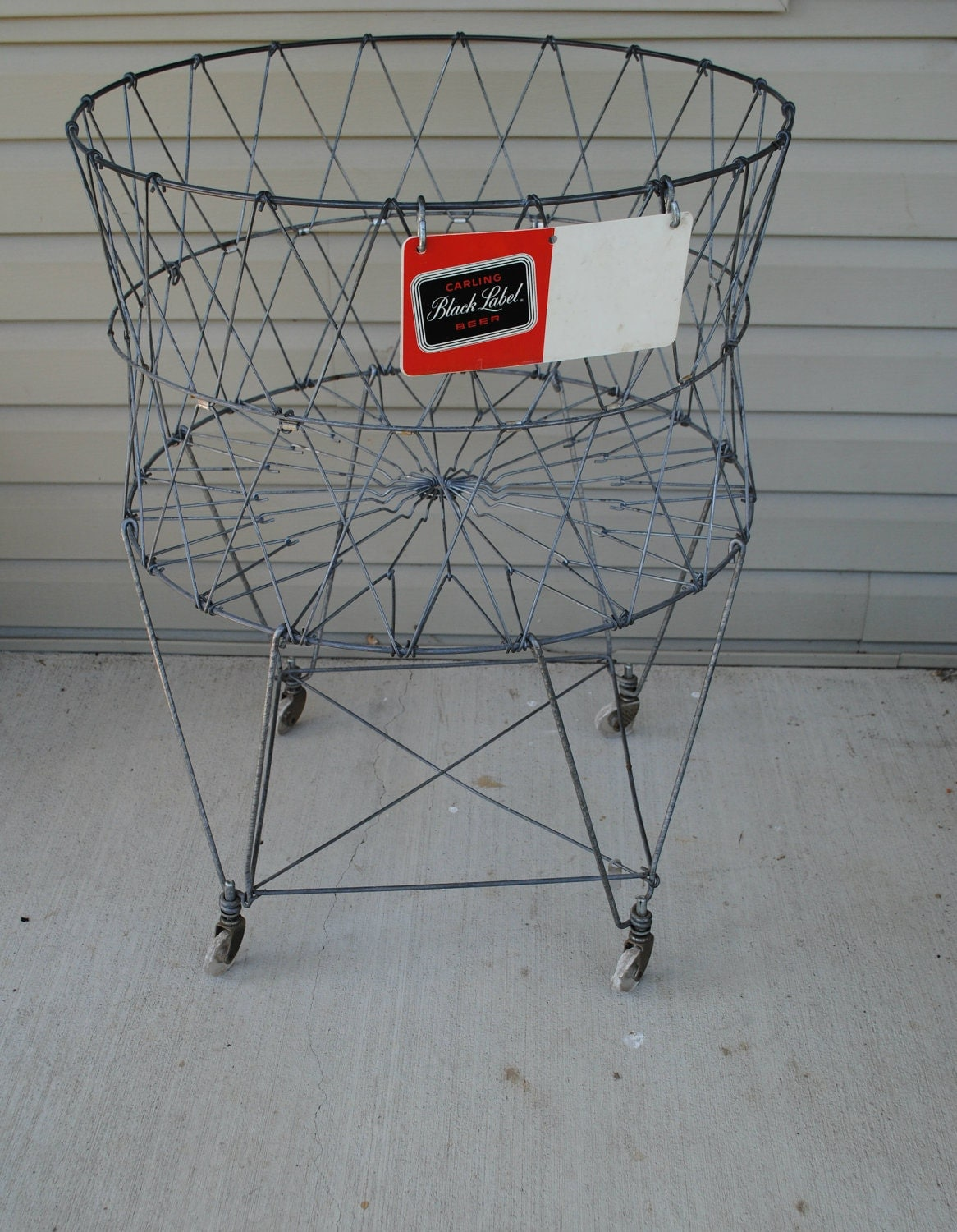 Vintage wire laundry basket - Collapsible laundry basket with wheels ...