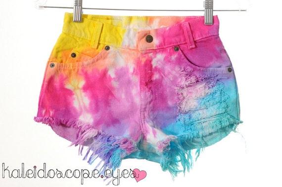 Vintage LEVIS Rainbow Tie Dye Dyed Denim High Waist Cut Off shorts XXS