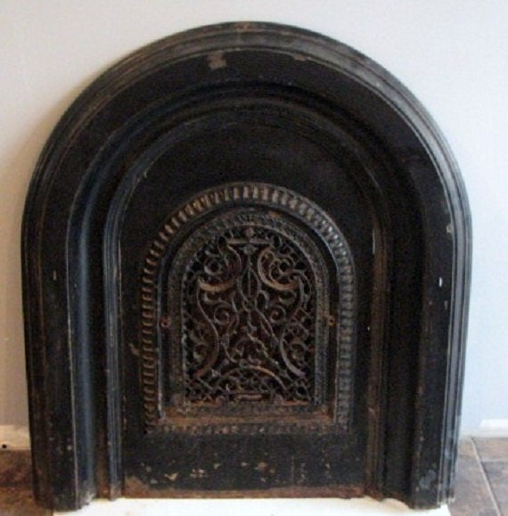Vintage Fireplace Cover Vent Grate Ornate Cast Iron Arched with Matching Double Surround